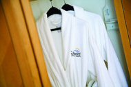 """Plush California Cotton Bathrobes"" by Sunset Inn & Suites Vancouver"