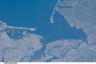 """New York City, New Jersey (NASA, International Space Station Science, 03/14/10)"" by NASA's Marshall Space Flight Center"